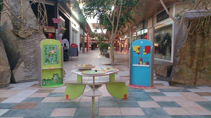 Un espace enfant dans un centre commercial