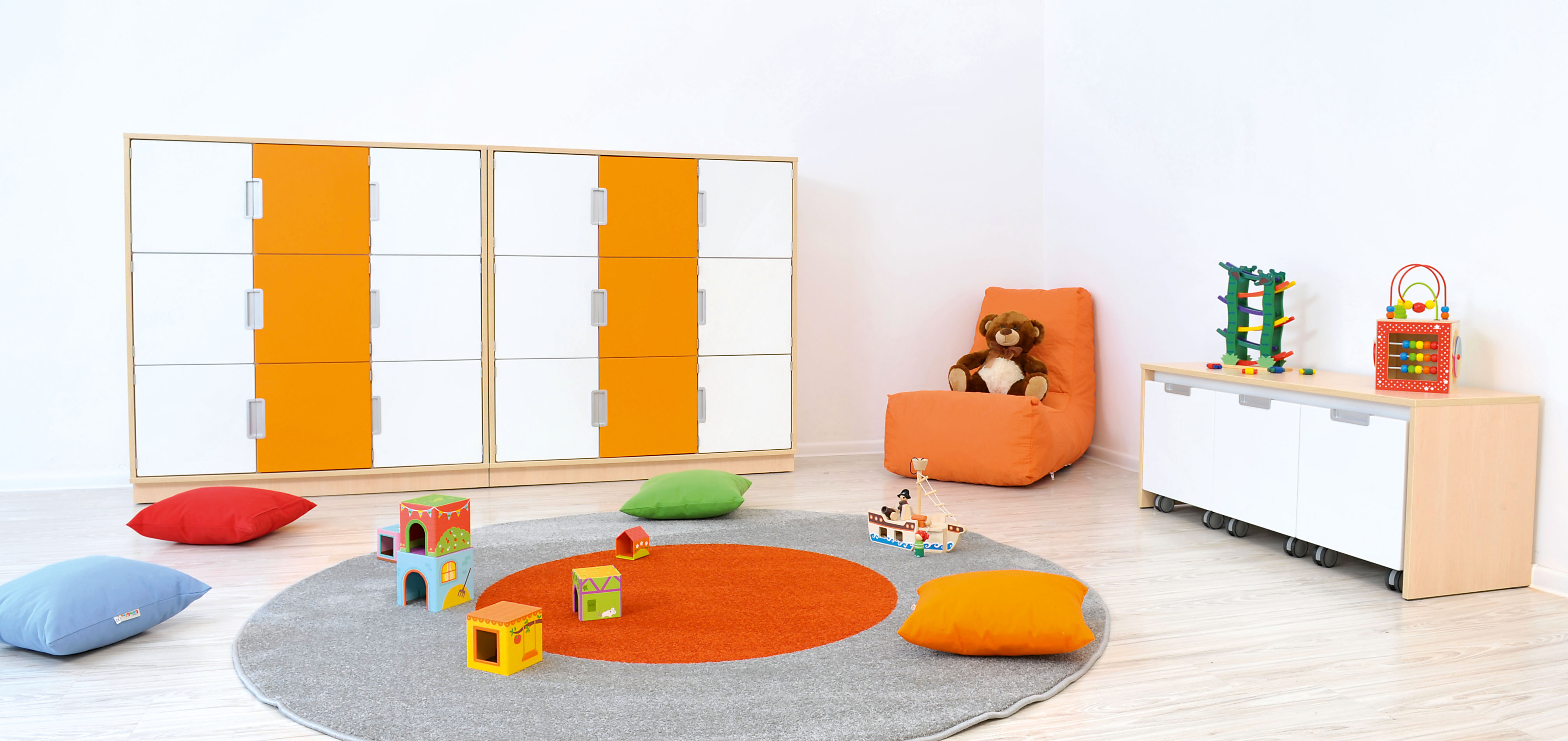 couleurs en maternelle orange