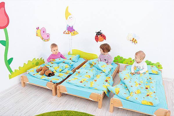 espace sieste maternelle enfants
